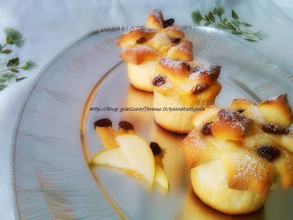 6) le rose di strudel con pasta brioche pronte