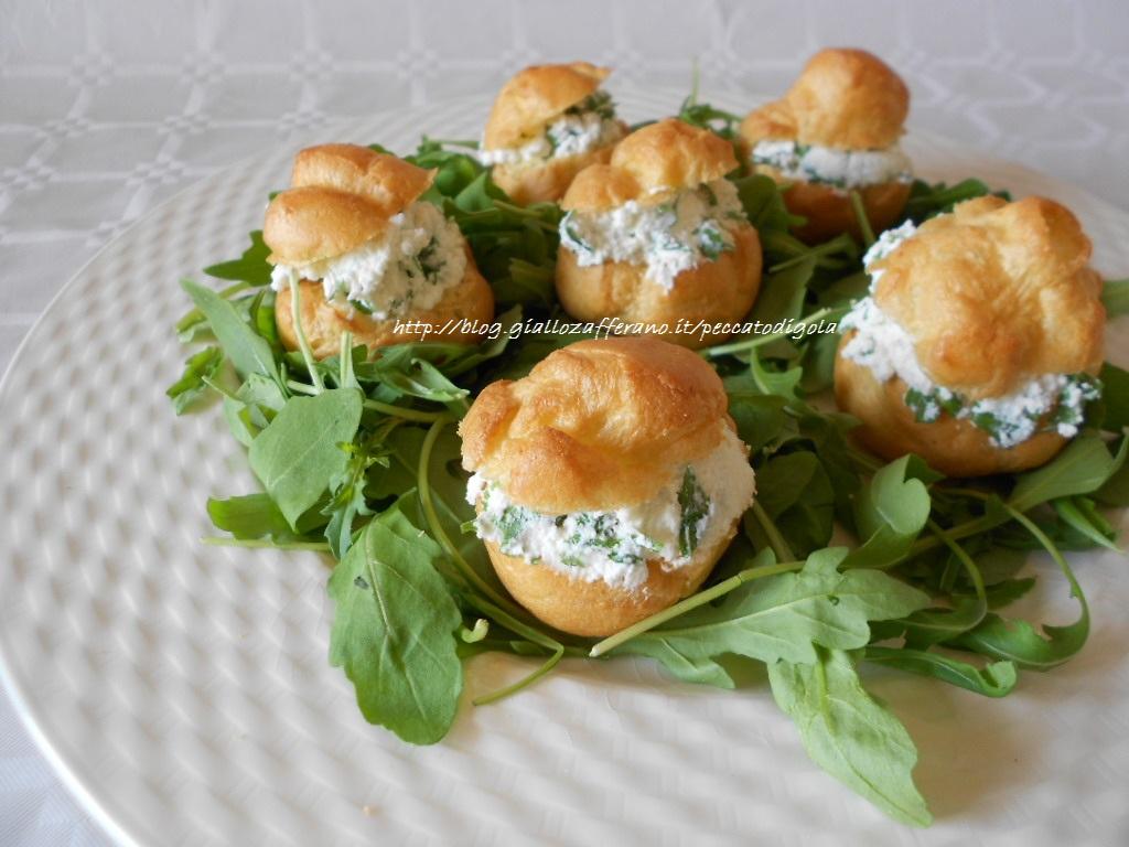 3) i bignè salati rucola e ricotta pronti