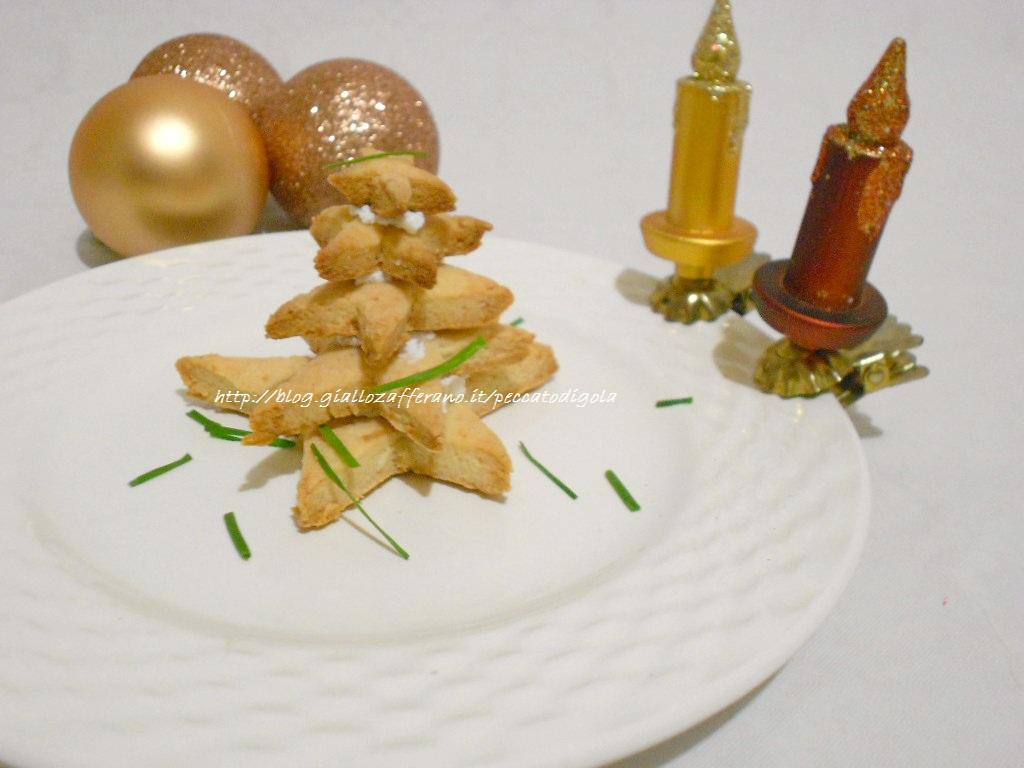 5) gli alberi di Natale di parmigiano pronti