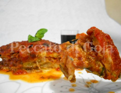 Parmigiana di zucchine al sugo