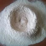 4) e mescolate alla farina