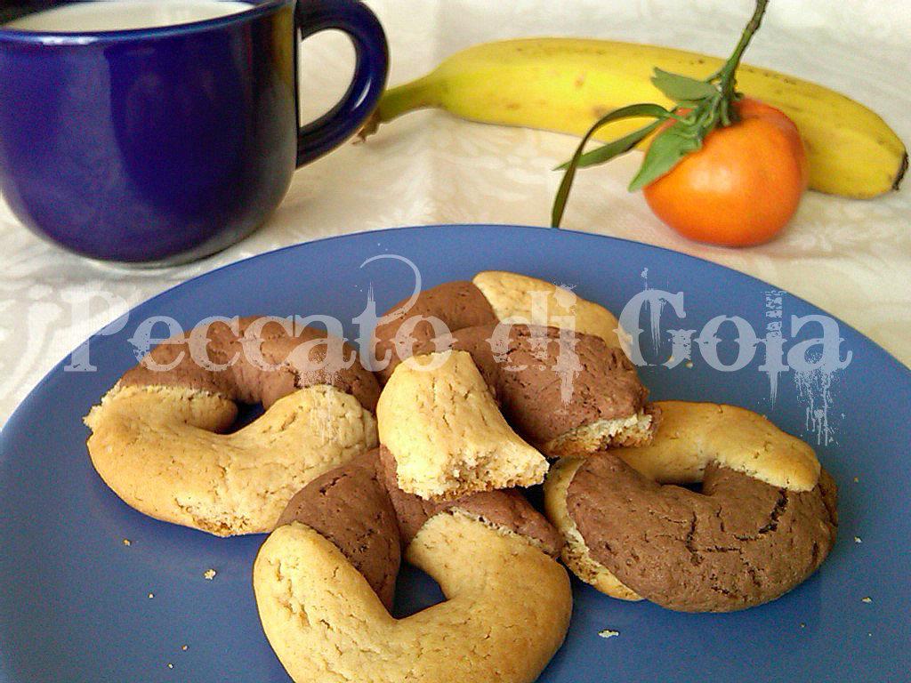 10) i biscotti simil abbracciati pronti
