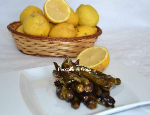 Peperoncini verdi al limone
