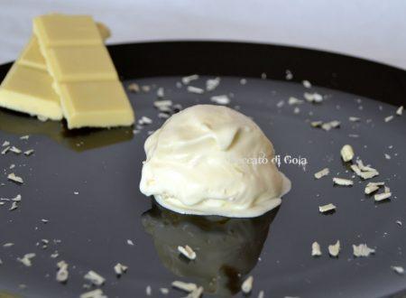 Gelato al cioccolato bianco, ricetta dolce