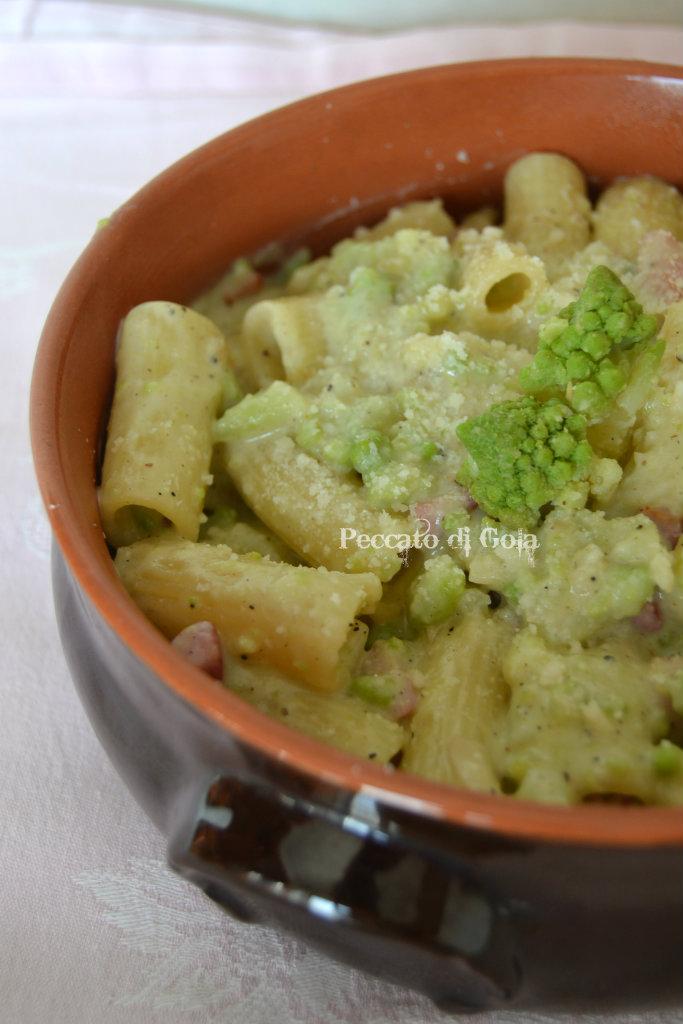 ricetta pasta e cavolo romano, peccato di gola