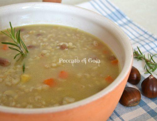 Zuppa di orzo borlotti e castagne