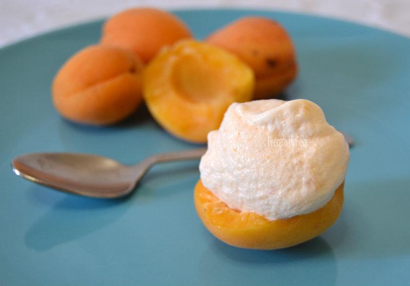 ricetta gelato all'albicocca con o senza gelatiera, peccato di gola