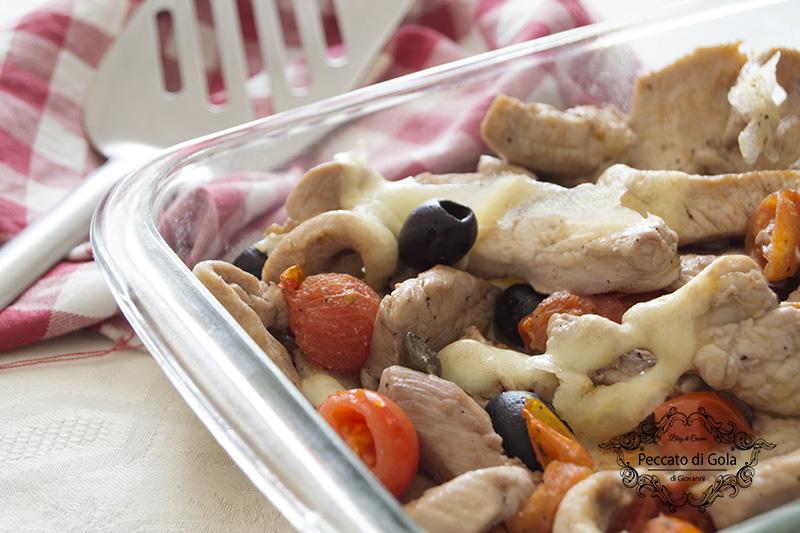 ricetta straccetti di pollo con olive e pomodorini, peccato di gola