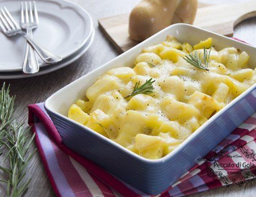 Teglia di patate e scamorza