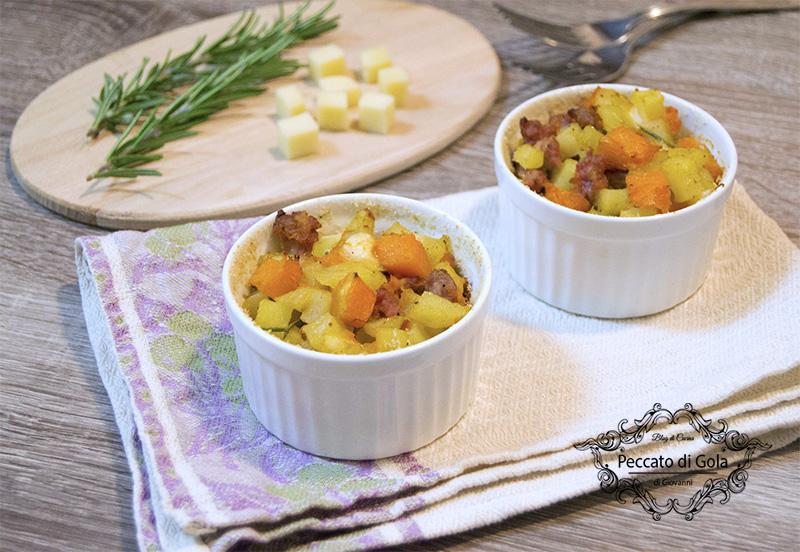 ricetta piccoli timballi di zucca, patate e salsiccia, peccato di gola