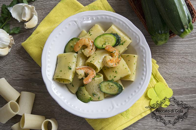 ricetta paccheri gamberi e zucchine, peccato di gola