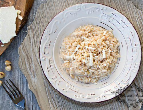Risotto al castelmagno, nocciole e miele