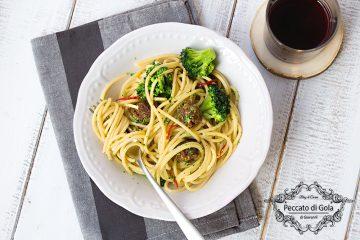 ricetta spaghetti con polpette e broccoli, peccato di gola di giovanni