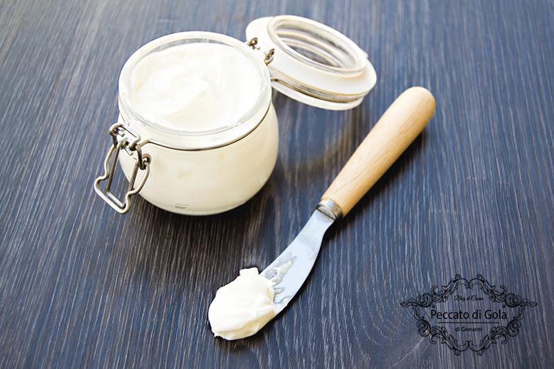 ricetta formaggio spalmabile fatto in casa, peccato di gola di giovanni