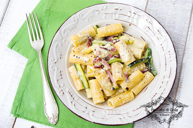 ricetta pasta con zucchine e speck, peccato di gola di giovanni