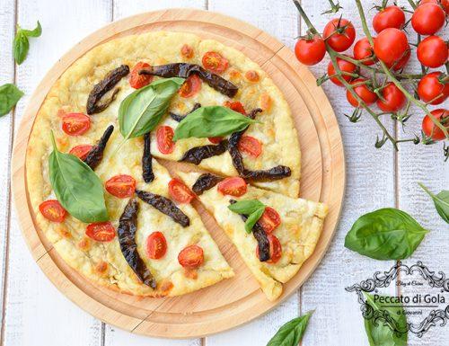 Pizza con i peperoncini verdi