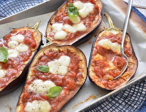 Melanzane al forno con mozzarella e pomodoro