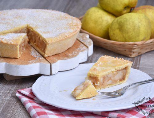 Crostata ripiena di mele