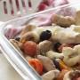 Straccetti di pollo con olive e pomodorini