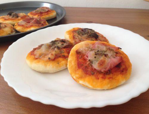 Pizzette veloci con lievito istantaneo