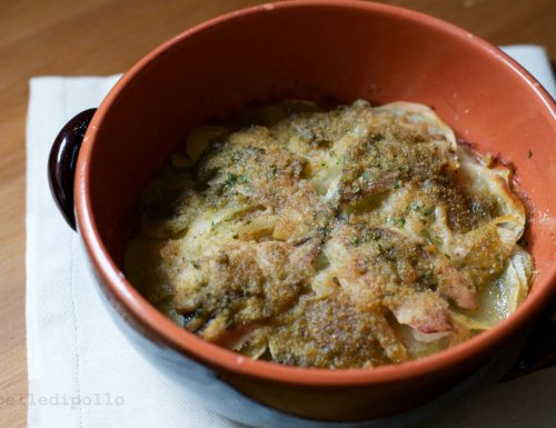 Tortino di sardine e patate gratinato al forno
