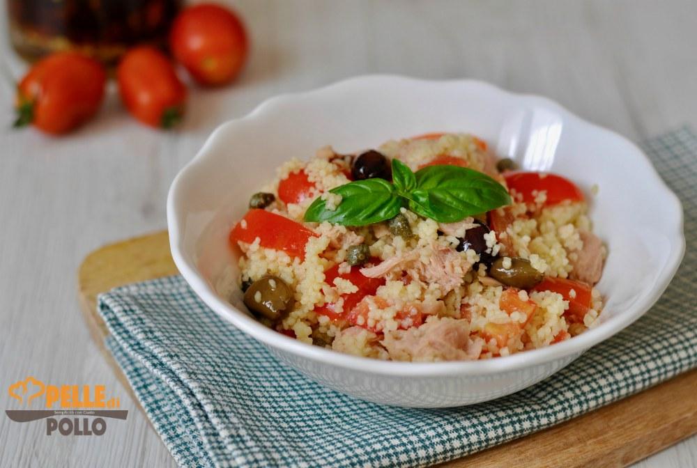 insalata di couscous con tonno e pomodori