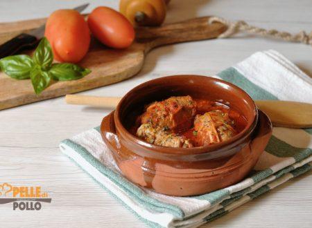 Involtini di carne al sugo di pomodoro