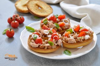 friselle con tonno fagioli pomodorini