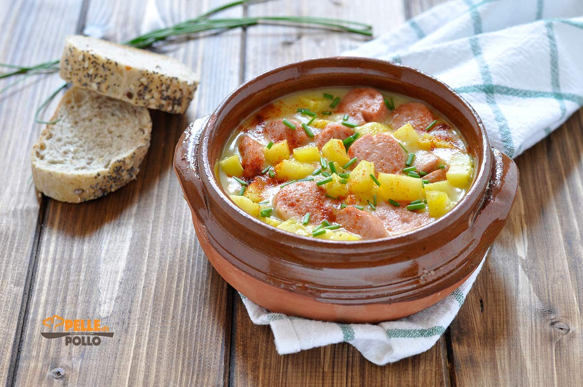 zuppa con wurstel e patate