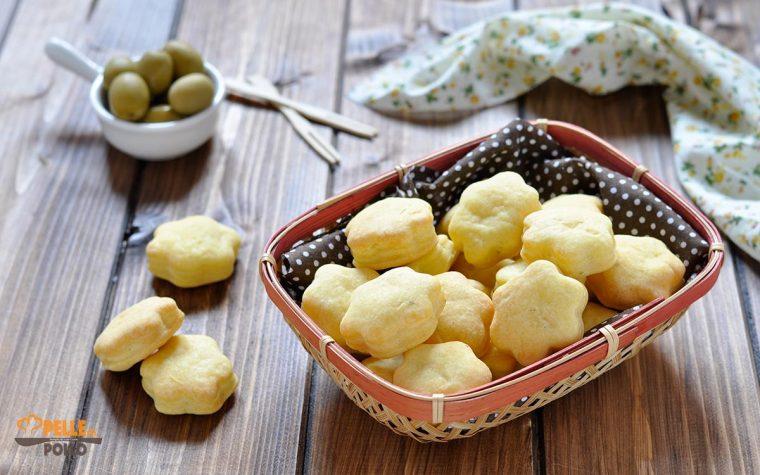 Biscotti salati al philadelphia e origano