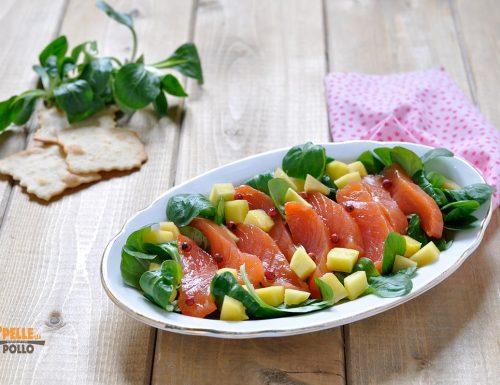 Insalata di salmone affumicato e mango
