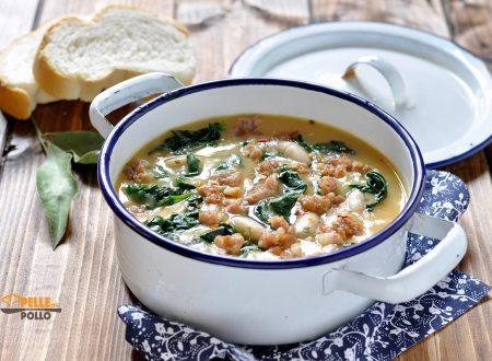 Zuppa di fagioli con salsiccia ed erbette