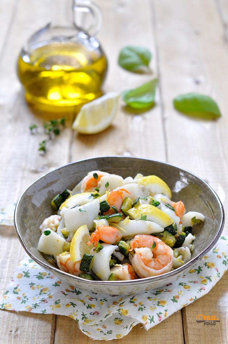 insalata di seppie e gamberi con zucchine