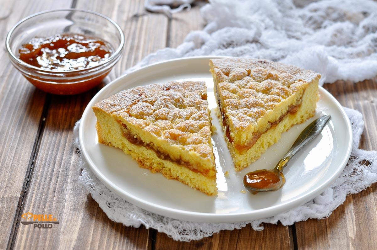 crostata morbida con marmellata di albicocche