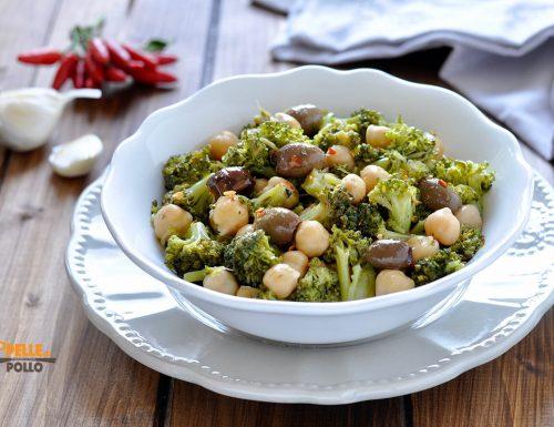 Insalata di broccoletti con ceci e olive