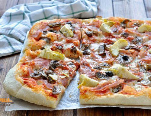 Pizza in teglia alla capricciosa