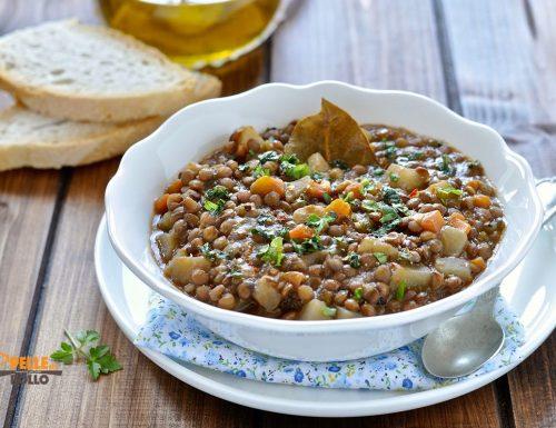 Zuppa di lenticchie con la slow cooker