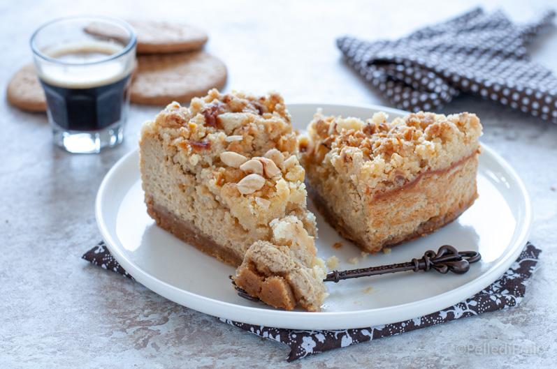cheesecake al caffè con crumble