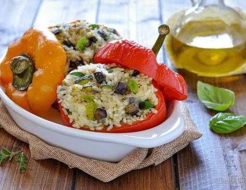 Peperoni ripieni di riso e verdure