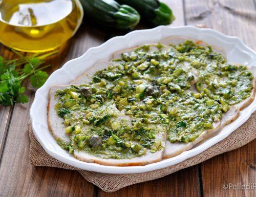 Arrosto freddo di lonza con salsa verde alle zucchine