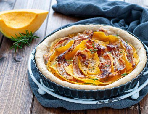 Torta rustica con zucca e pancetta affumicata