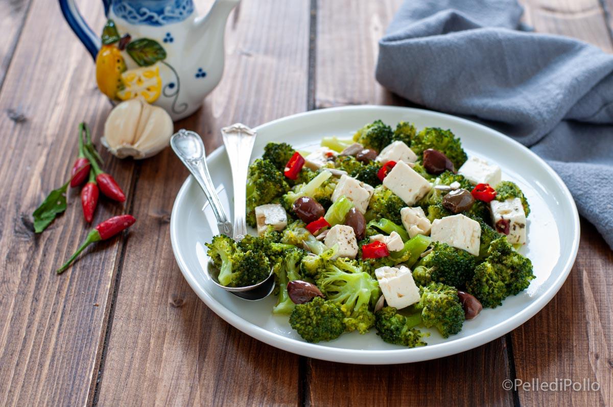 insalata con broccoletti e feta