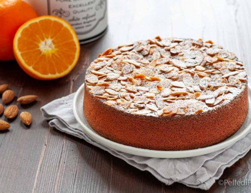 Torta all'arancia e mandorle senza farina