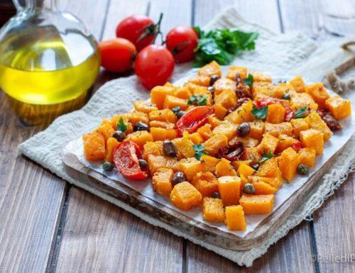 Zucca gratinata con olive, capperi e pomodori