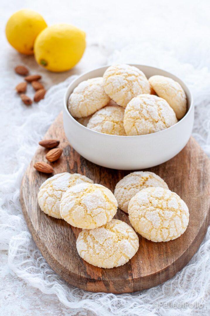 biscotti al limone e mandorle