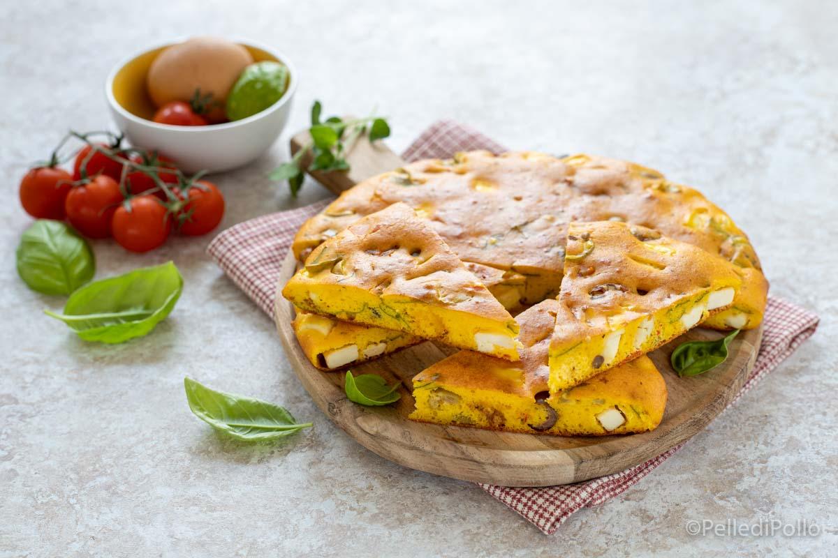 torta salata con feta olive pomodori