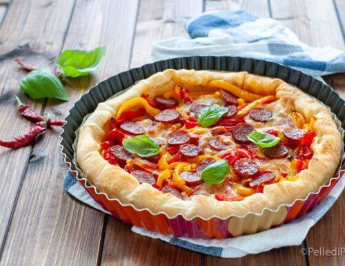 Torta di sfoglia ai peperoni con salame piccante