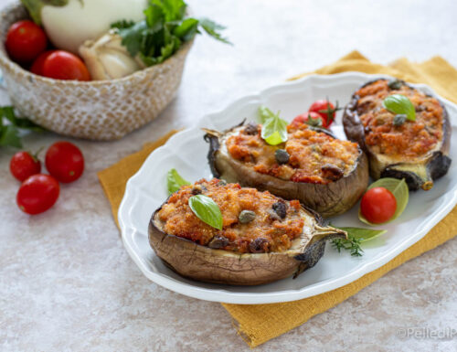 Barchette di melanzane ripiene vegetariane