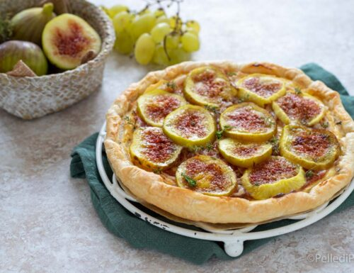 Torta salata con fichi, ricotta e pancetta
