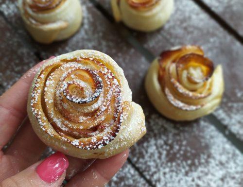 Rose di pasta sfoglia (ricetta semplice)